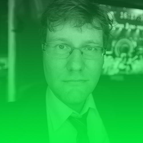 Marco Maas   Marco Maas ist Geschäftsführender Gesellschafter, Datenjournalist, Medienberater, Trainer arbeitet seit 1999 als Journalist in Hamburg. Er war u.a. an der Entwicklung des mit dem Grimme-Online-Award ausgezeichneten ZDF-Parlameters beteiligt. Für die G8-Berichterstattung auf gipfelblog.de erhielt er den CNN Journalist Award. Seit 2009 beschäftigt er sich mit dem Themenkomplex Open Data/Linked Data.  Twitter:   @themaastrix