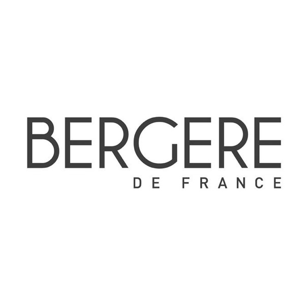 Bergere de France.jpg
