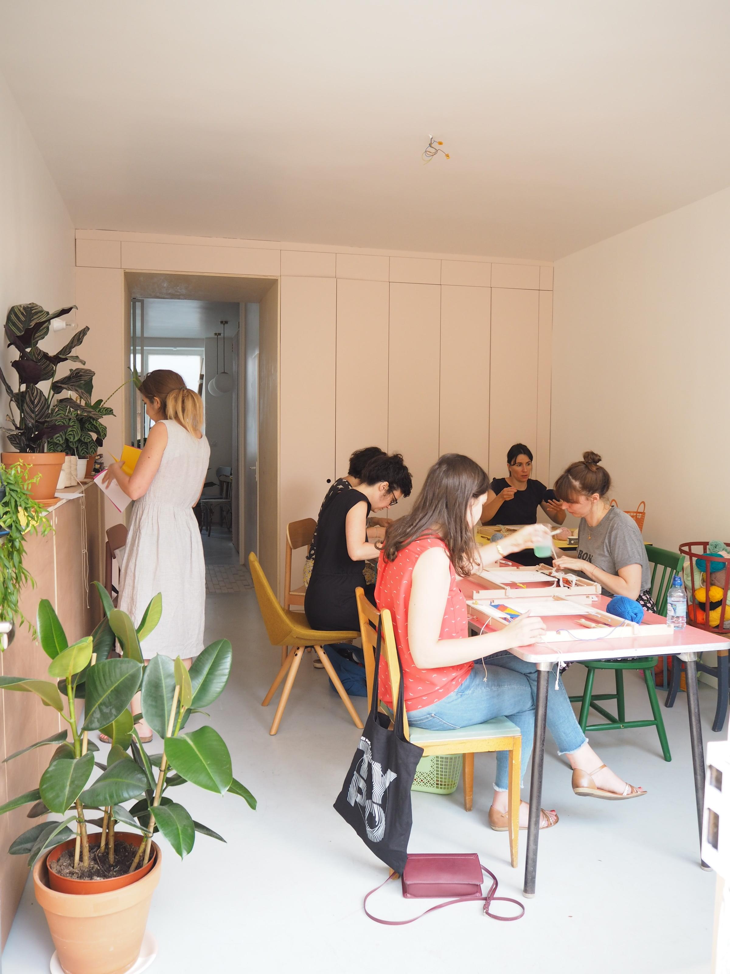 atelier tissage CHAUMIERE OISEAU.JPG