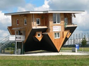 Upside down house in Bispingen, photo by  Axel Hindemith