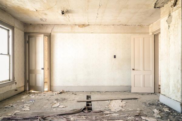 derelict property.jpg