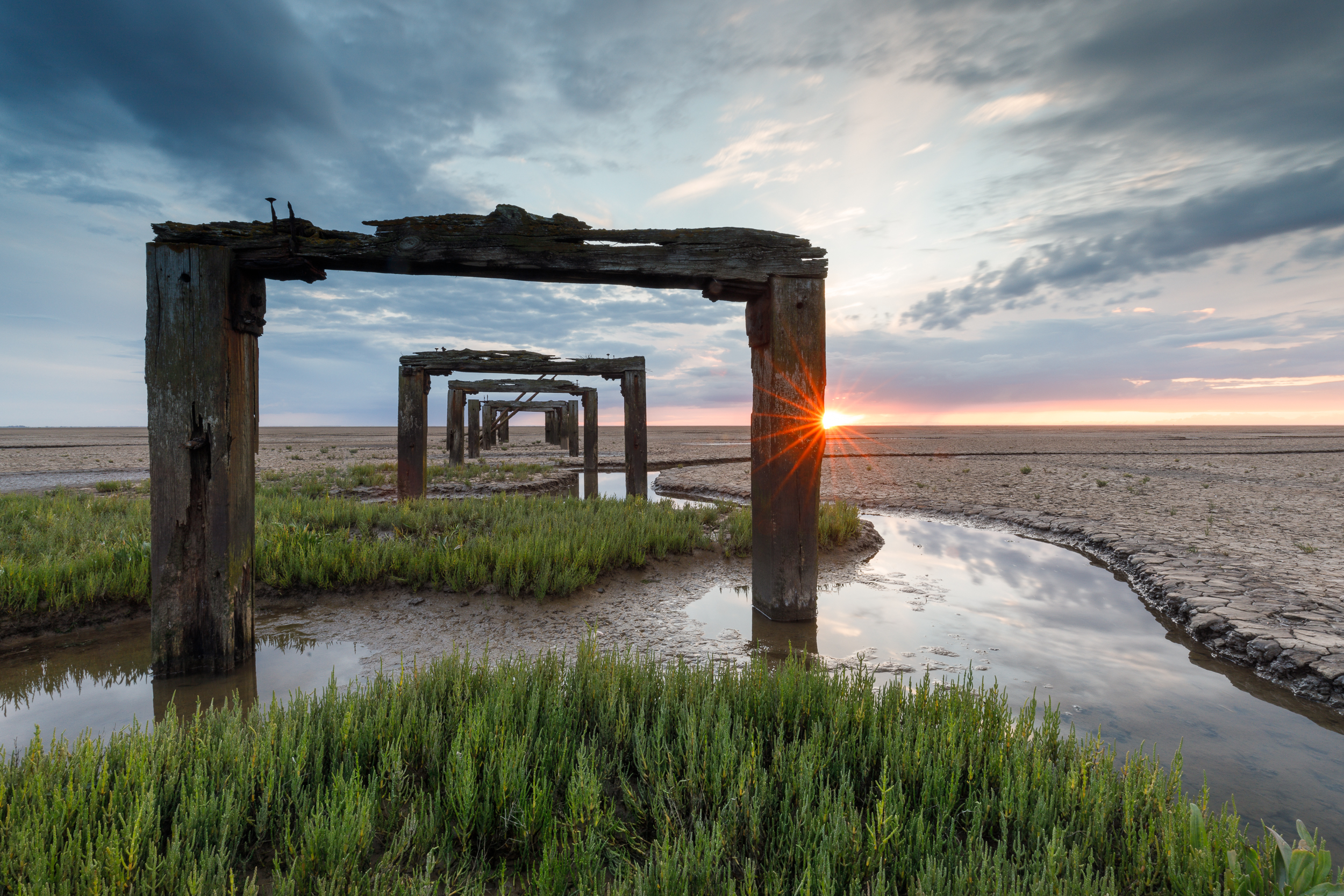 Sunset on the Norfolk coast, Canon 5D mkIV, 16-35mm @ 16mm, 5sec, f22, ISO 100, Lee 0.9 reverse ND grad and Little stopper 0.9 Reverse ND grad and landscape circular polariser filters.