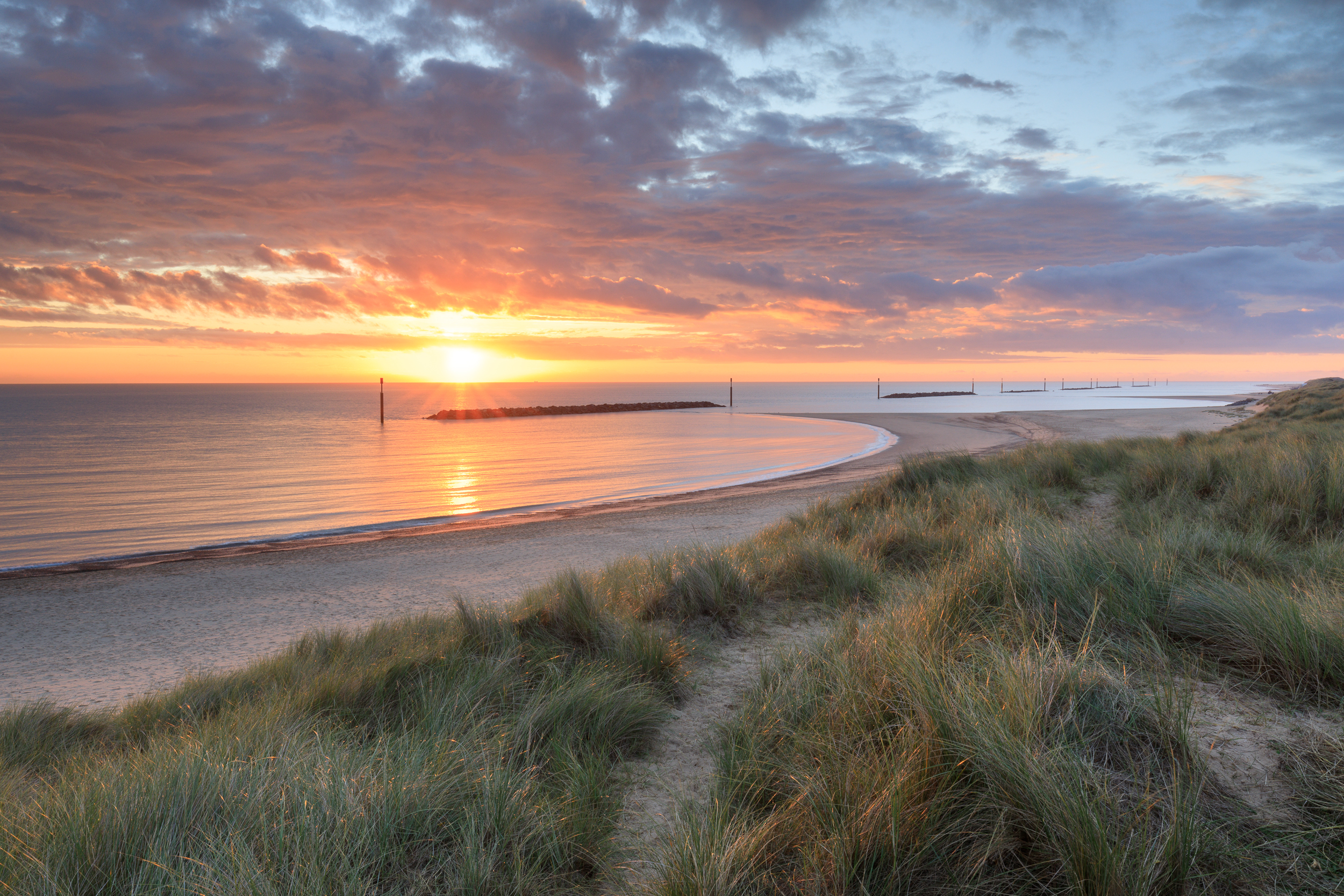 This sunrise on the Norfolk coast was the perfect opportunity to use the a reverse ND grad. Canon 5D mkIV, 16-35mm @ 24mm, 1/2, f16, ISO 200, Lee 0.9 reverse ND grad
