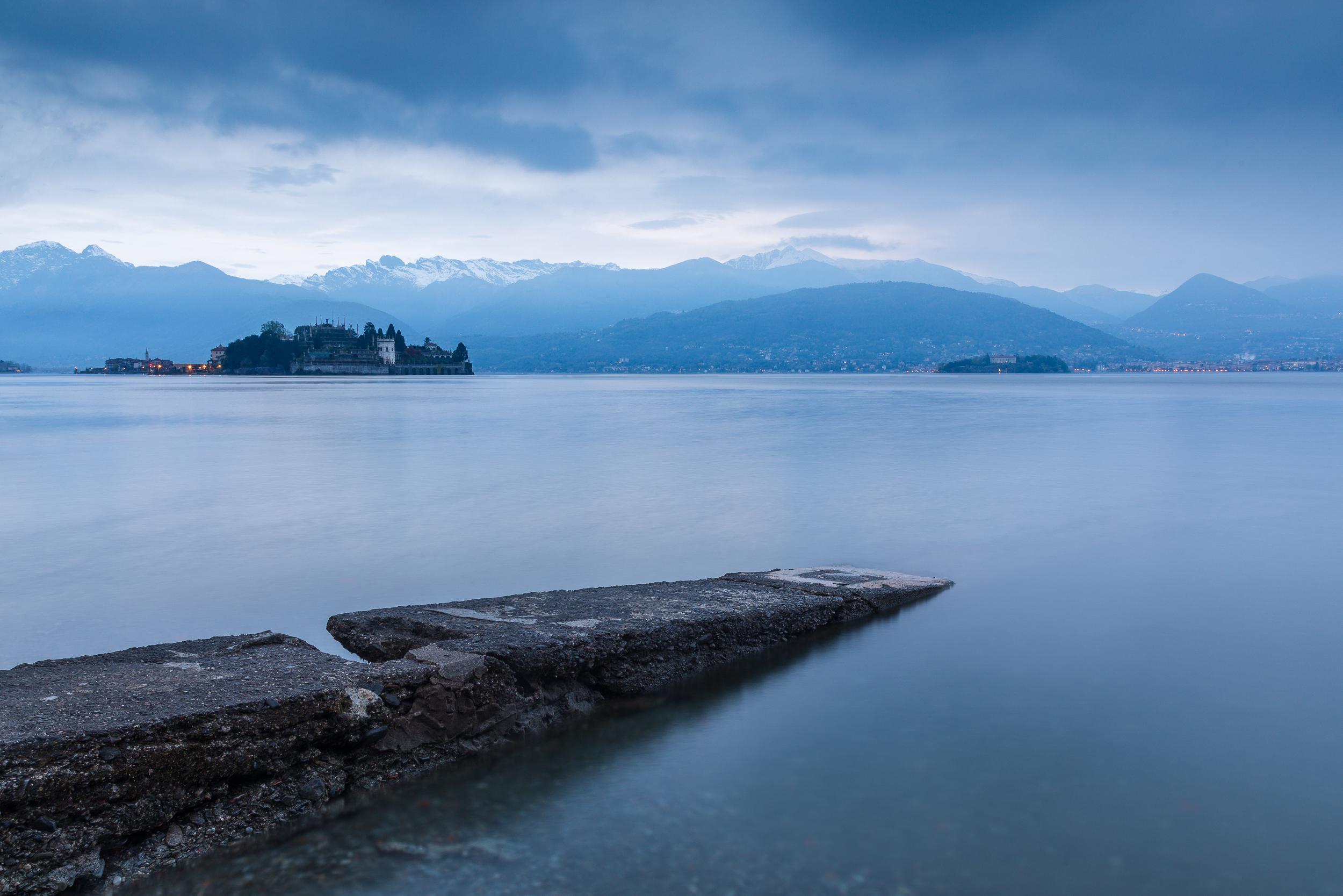 A cloudy dawn at Lake Maggiore