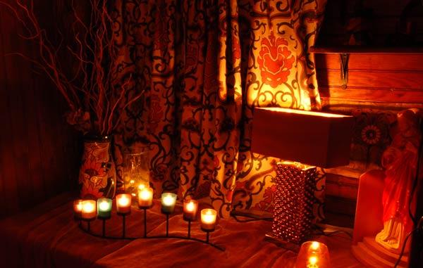 candles2_sm.jpg
