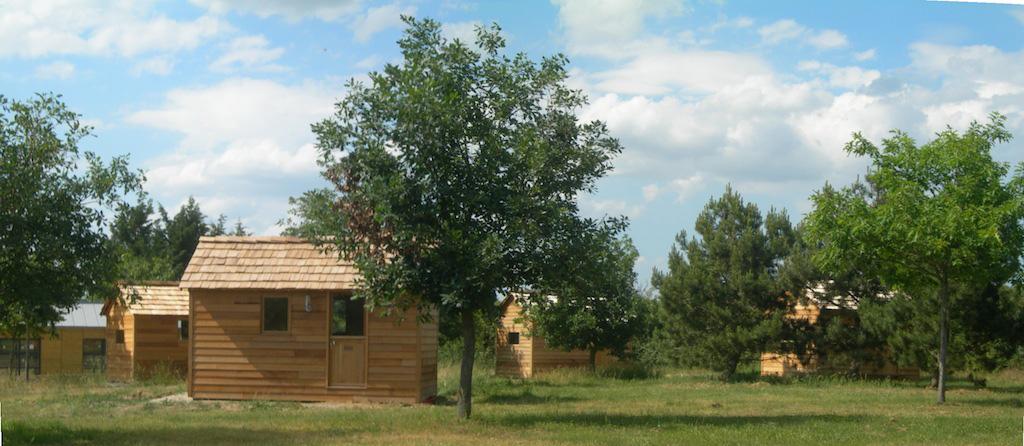 10-11-chambres-dhotes-histoires-de-cabanes (2).jpg