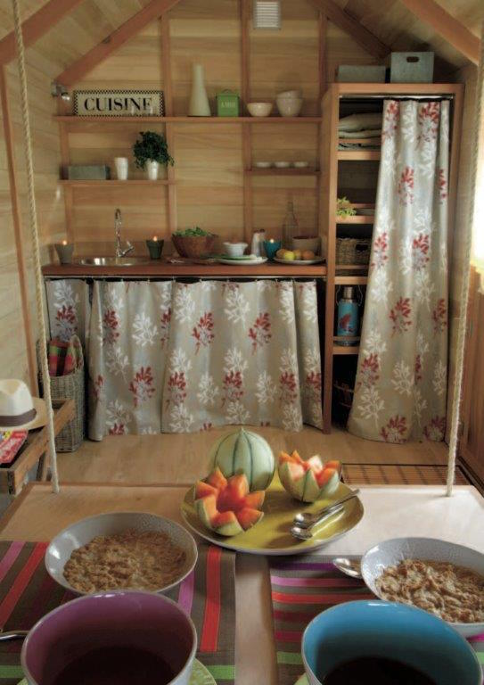 04-11-chambres-dhotes-histoires-de-cabanes (3).jpg