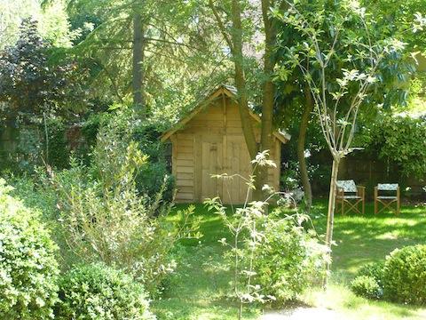 06-abris-de-jardin-histoires-de-cabanes (2).jpg