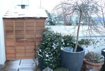 14-cabane-pour-balcon-abris-histoires-de-cabanes (2).jpg