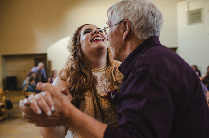 Pacific_Northwest_Wedding_Father_Daughter-Dance.png