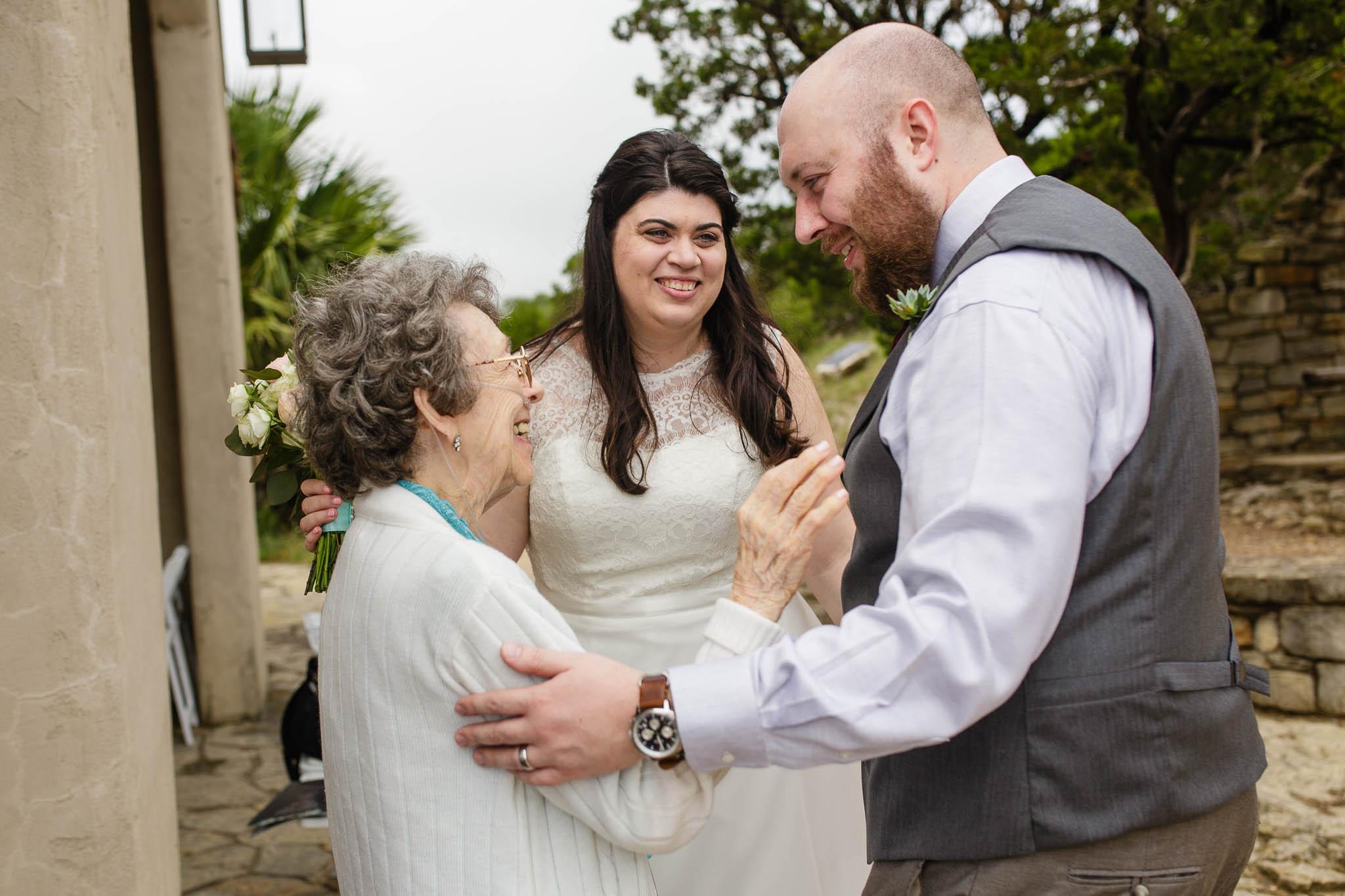 bride-groom-grandma-chapel-dulcinea.jpg