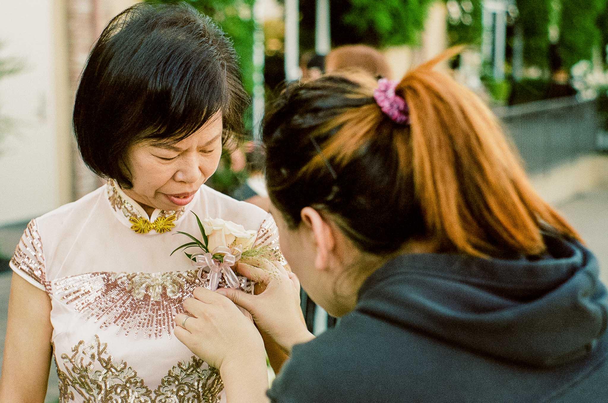 Bride-Mom-boutonniere.jpg