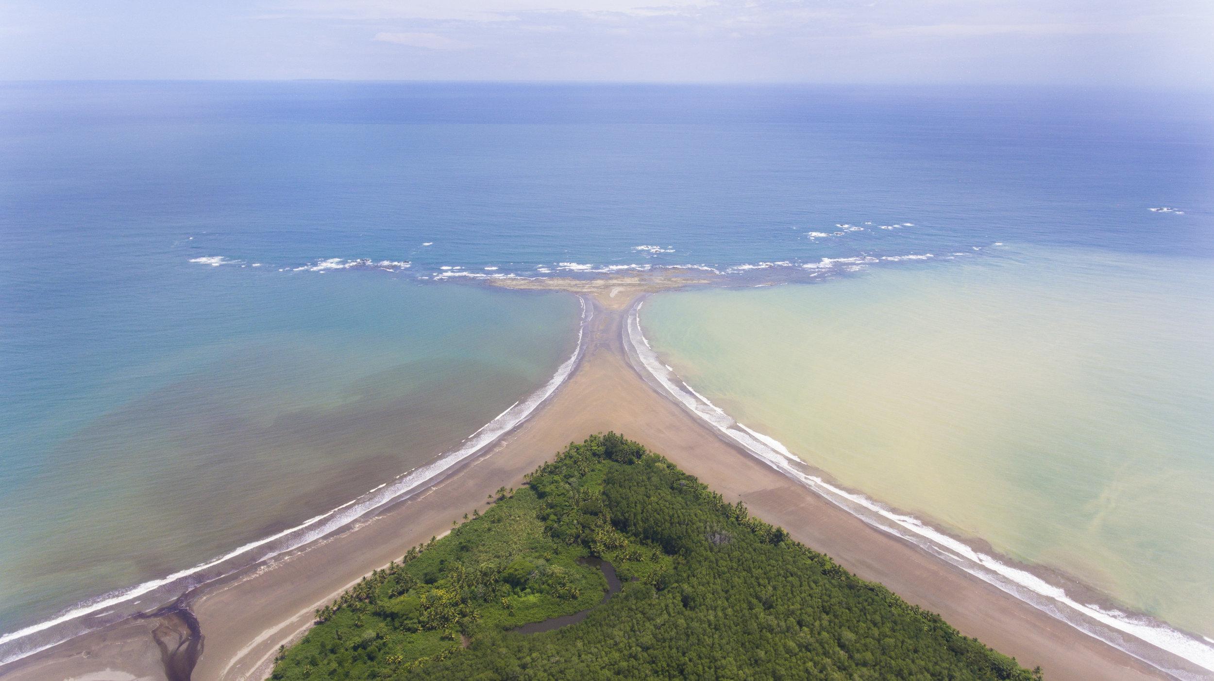 Uvita beach whale tale - Costa Rica
