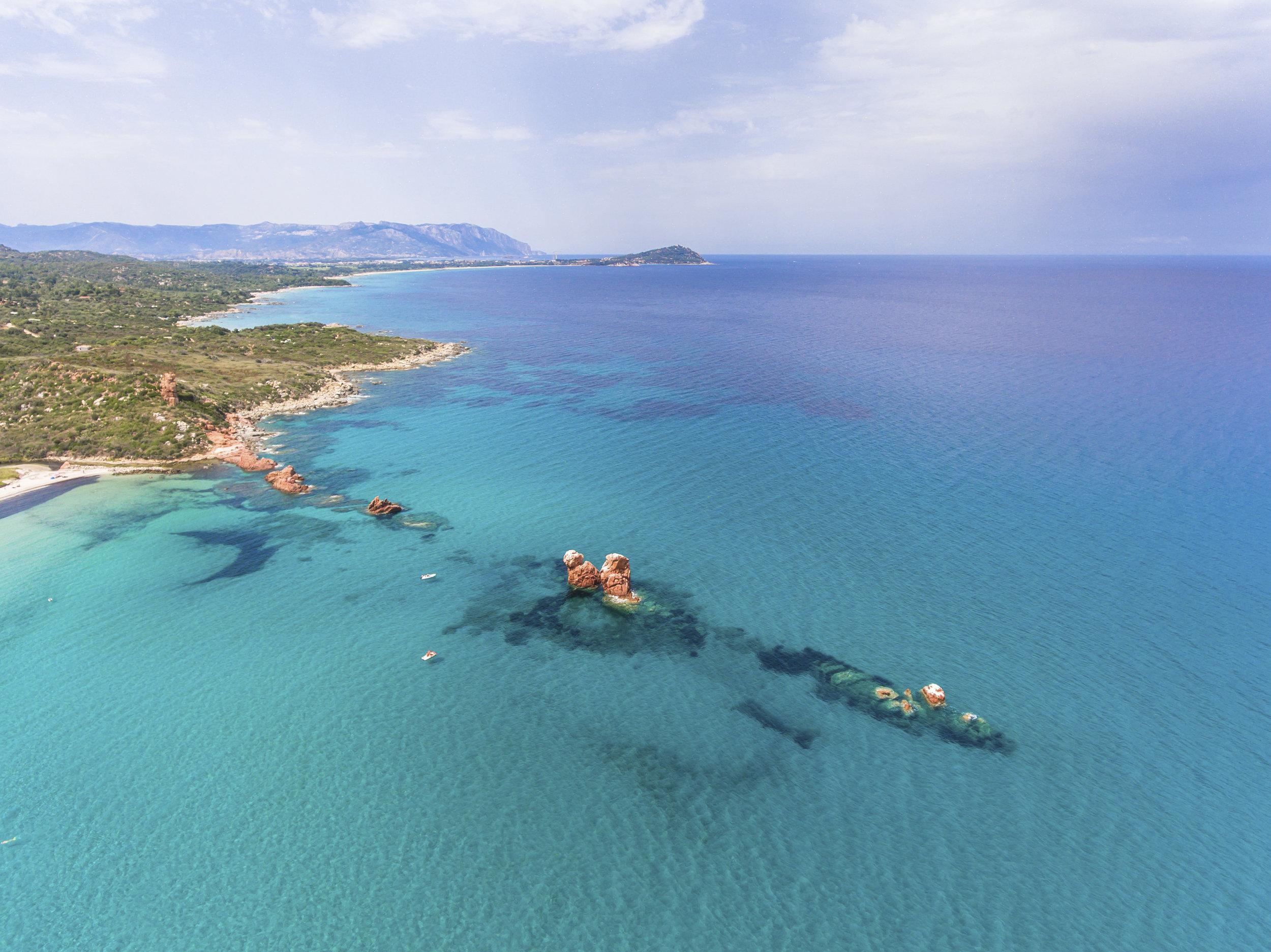 Cena beach rocks - Sardinia