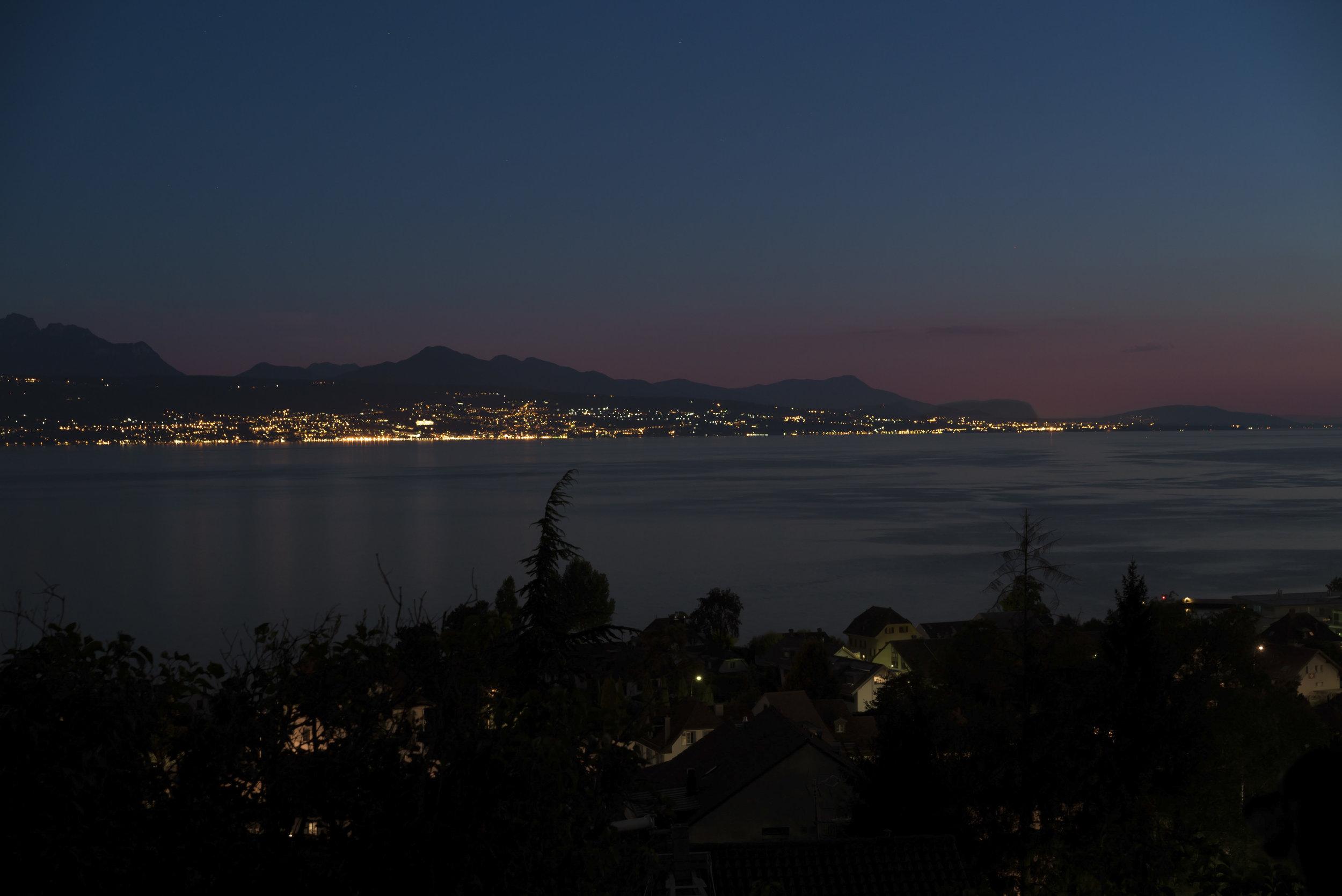 Lac Léman / Lake Geneva at night - Switzerland