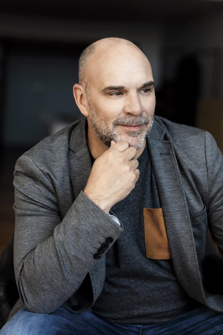 Sylvain Marcel ; Portrait ; Studio de Melany Bernier, 5524 Rue Saint-Patrick, Montreal ; 2019-02-22 - Photo : Melany Bernier/Les Publications Charron et Cie inc./Groupe TVA
