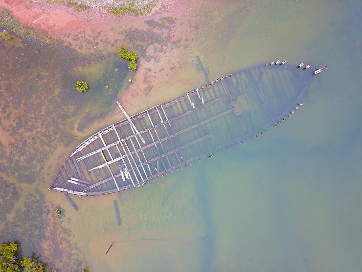 Old Pt Augusta Barge