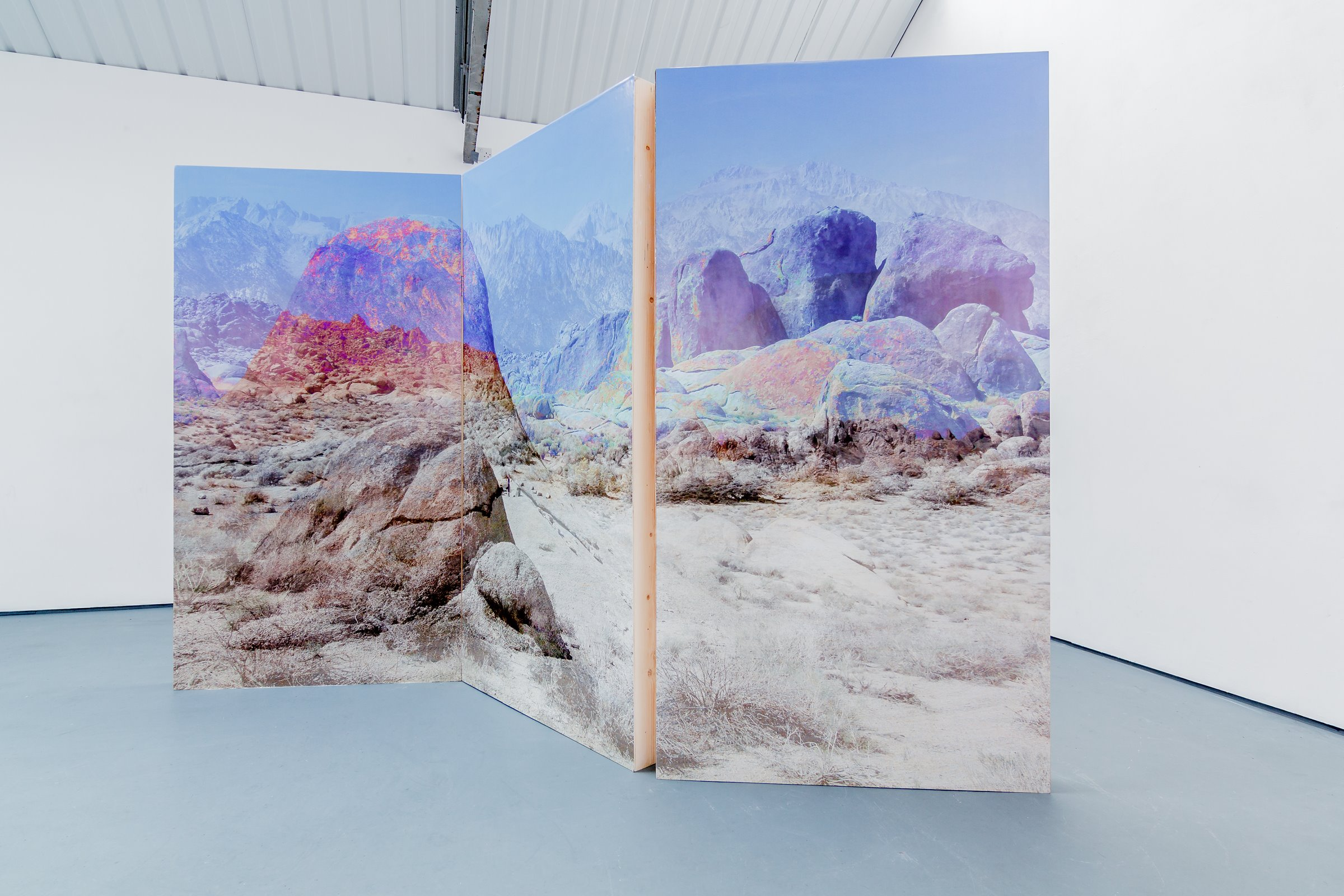 Scenery I (2015)  Sculpture Series – Digital photograph mounted on to wooden screens. Dimensions Variable.  Exhibited at: Chiara Williams Contemporary Art, London Art Fair 17th to 22nd January, 2017. Airspace Gallery 5th May to 3rd June, 2017.