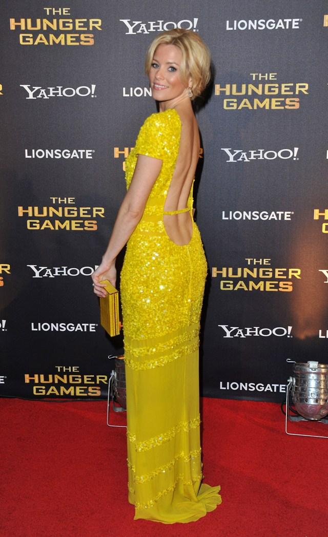 Elizabeth-Banks-Hunger-Games-Premiere-Yellow-Dress.jpg