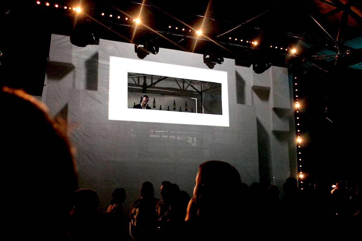 VJ Box Projection Mapping and 2D and 3D Motion Graphics