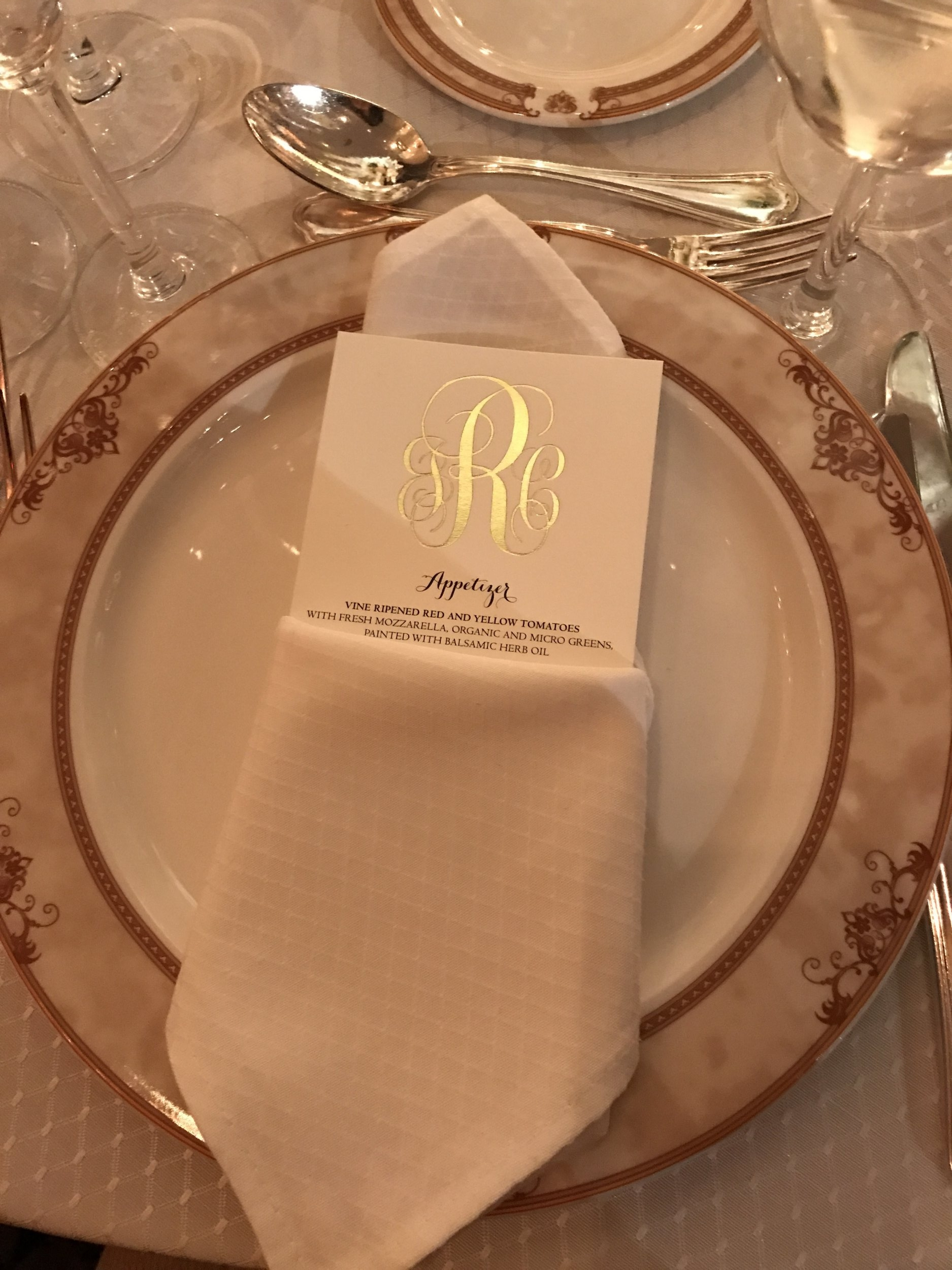 Robins Wedding Table setting.jpg