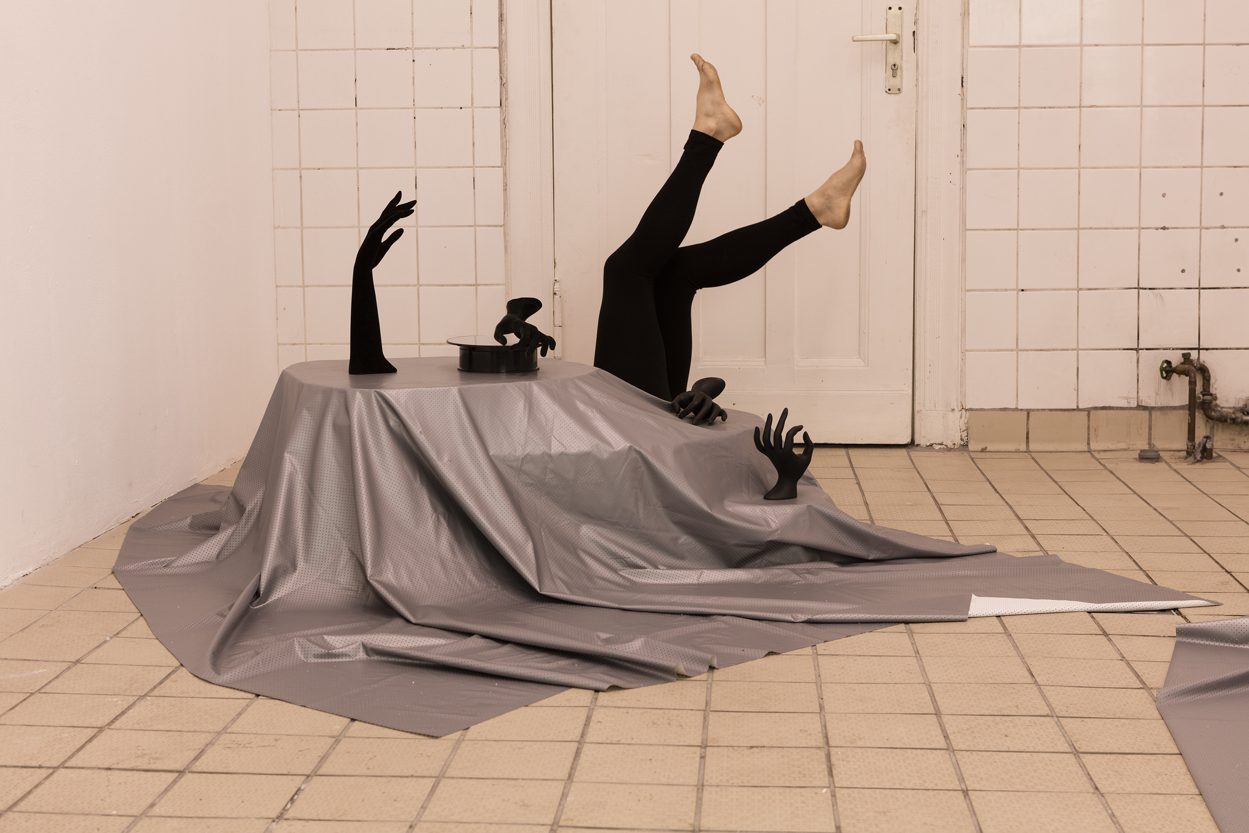 "25 September 2016 -  Performer with Miranda Secondari for the installation ofAnna Franceschini,  ""ancora tu"",  Frankfurt am Main Gallery, Berlin"