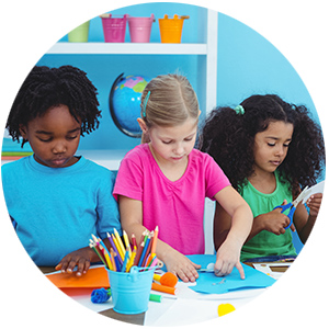 """Kids - Children (7-12)will experiment with different materials such as pencils, pastels, markers and gouache paint.Lessons will be filled with fun exercises to bring out the students' creativity while subtly teaching them the basic techniques of fundamental realistic drawing.These young students will learn to """"see"""" as an artist!"""
