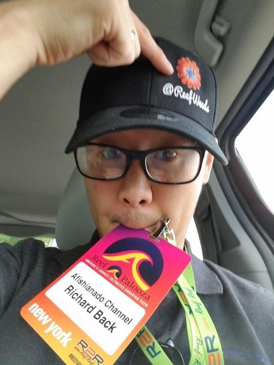 Richard Back of Afishinado fame sporting his ReefWeeds hat!