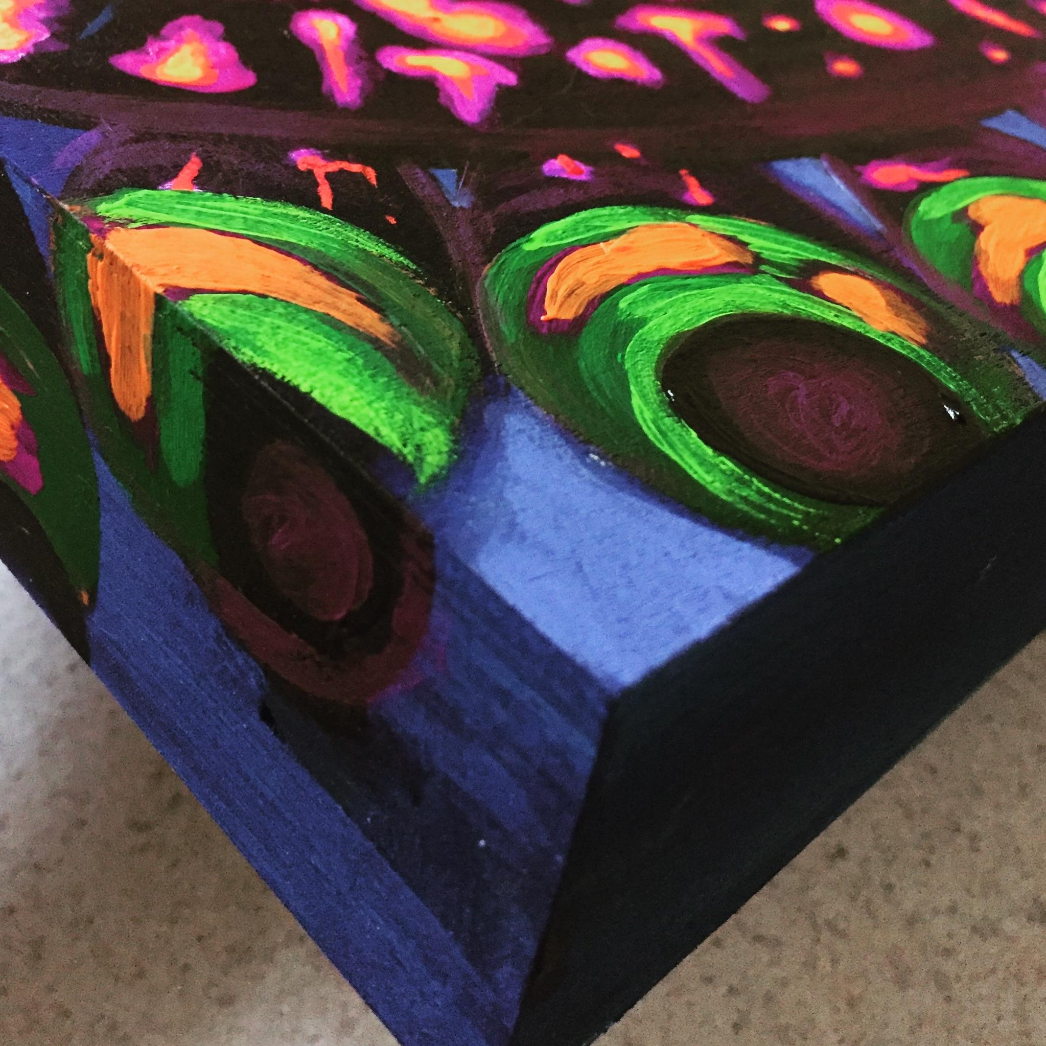 Glitter Bomb Detail
