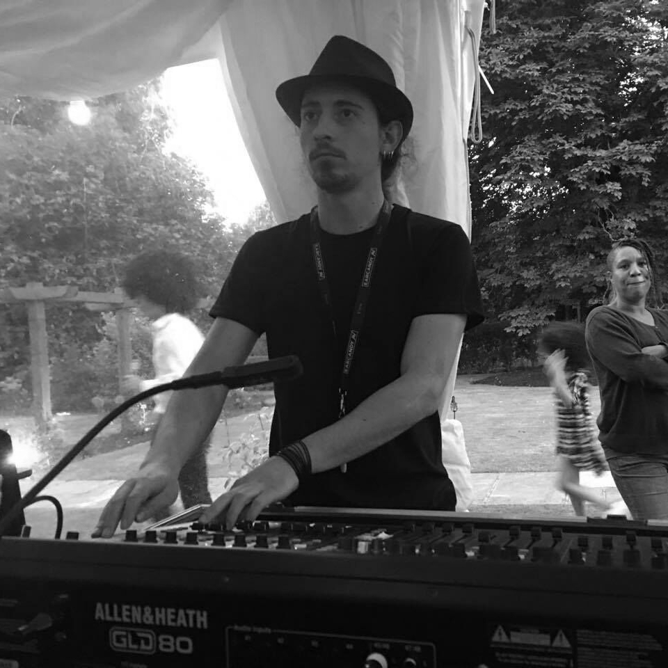Vas - Sound Production