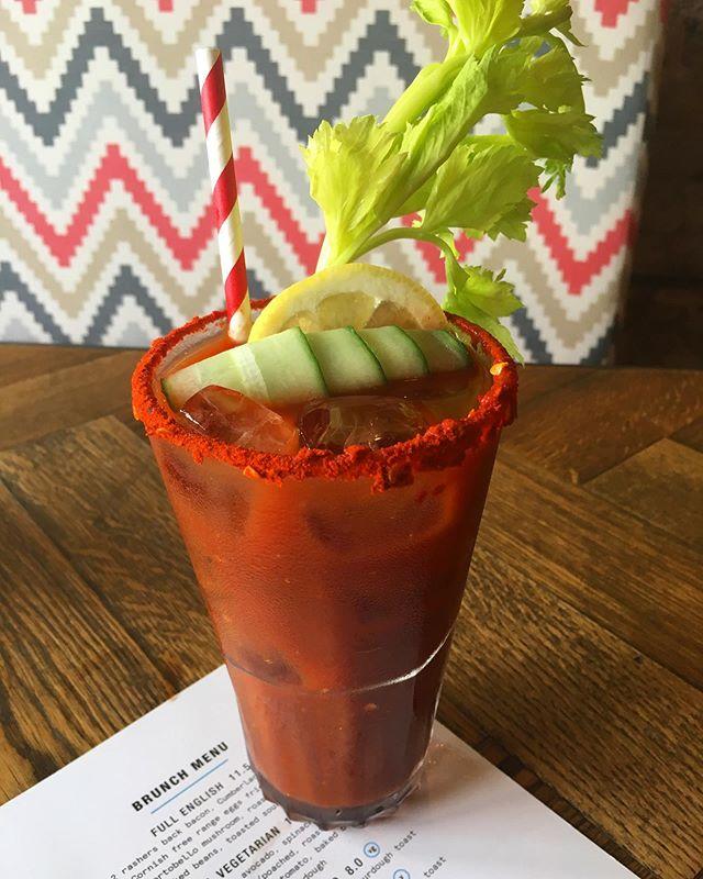 Do yourself (and your hangover) a favour and come and grab a Bloody Mary & some brunch. . . . . #brunchlife #brunch #brunchgoals #kentishtown #nw5 #cocktailporn #cocktails #londonfoodie #londonbars #londonrestaurants #northlondon  #eeeeeats #bloodymary #mixologist #mixology #bartender #hendersons #vegan #veggie #vegetarian #plantbased #veganlife #veganbreakfast #veganbrunch #yorkshire #veganuary
