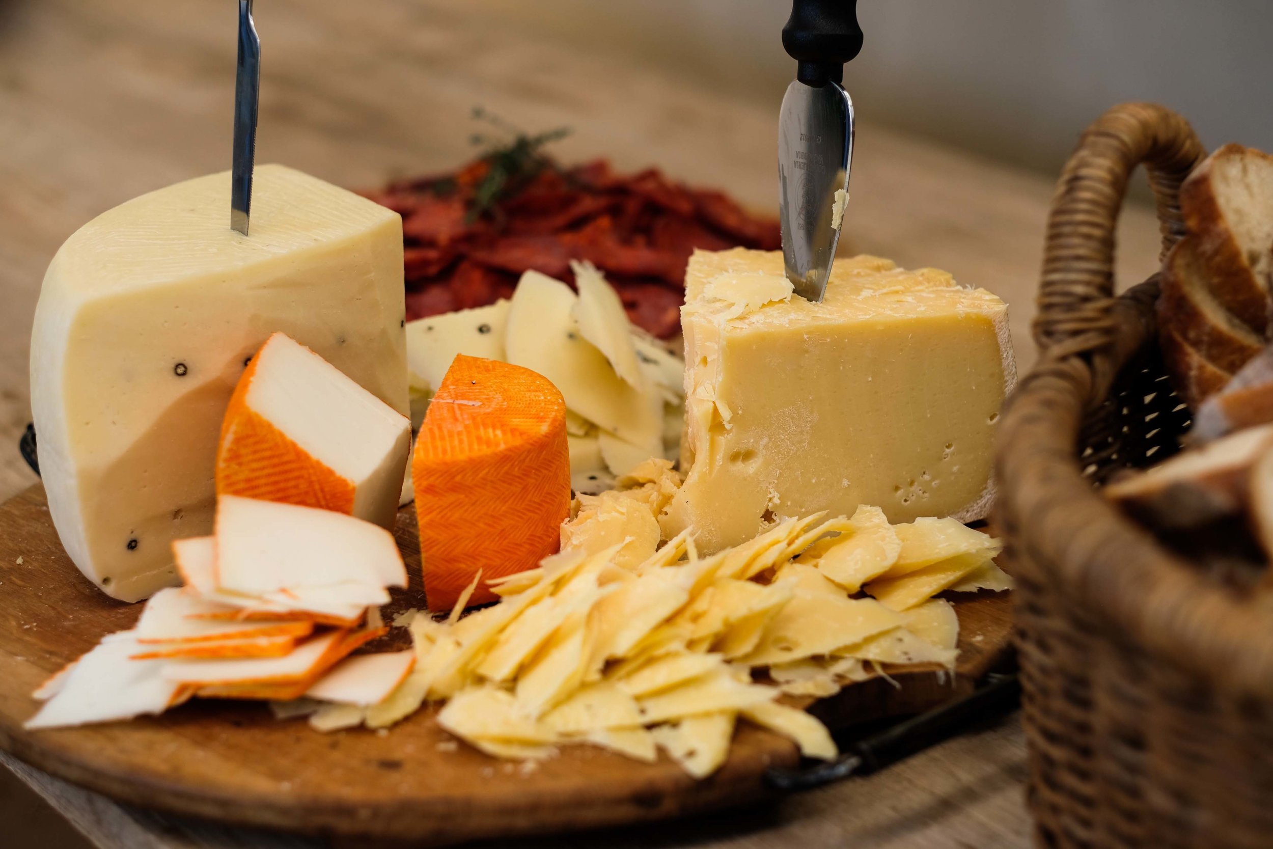 Tutto Nirox - Cheese 2.jpg