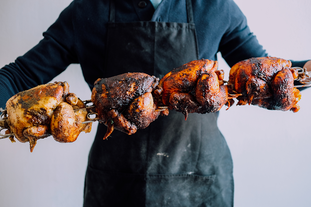 Chickens on skewer.png