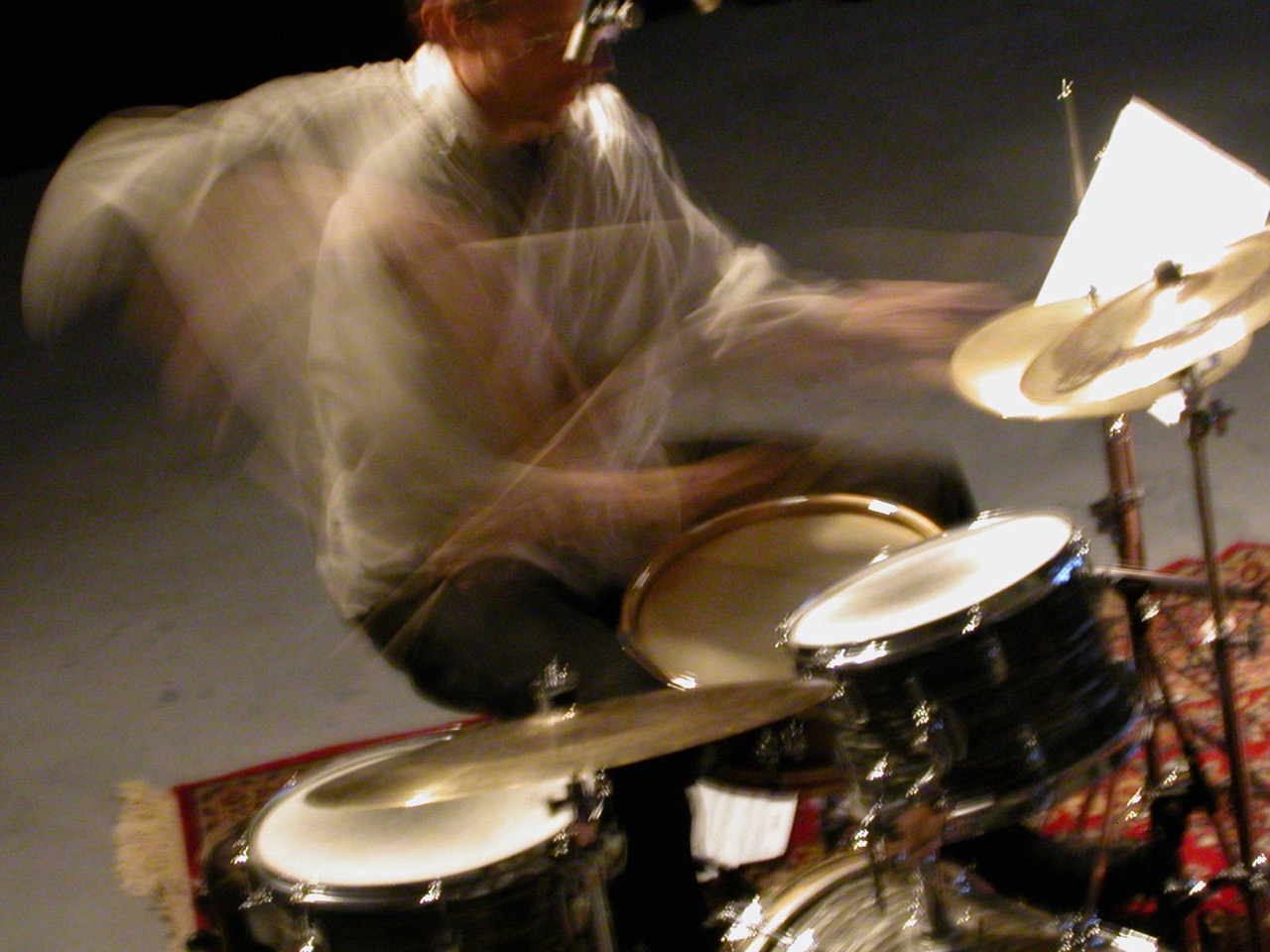 blurry Curt mi3 source.jpg