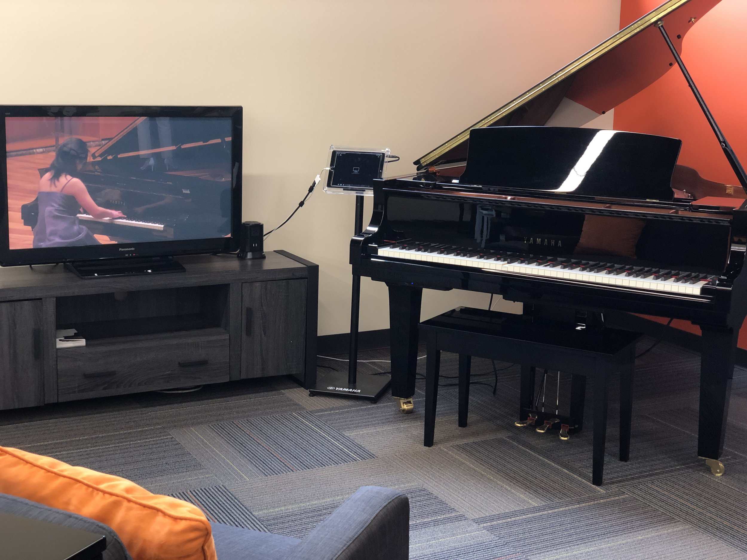Classical Concerts on Disklavier TV