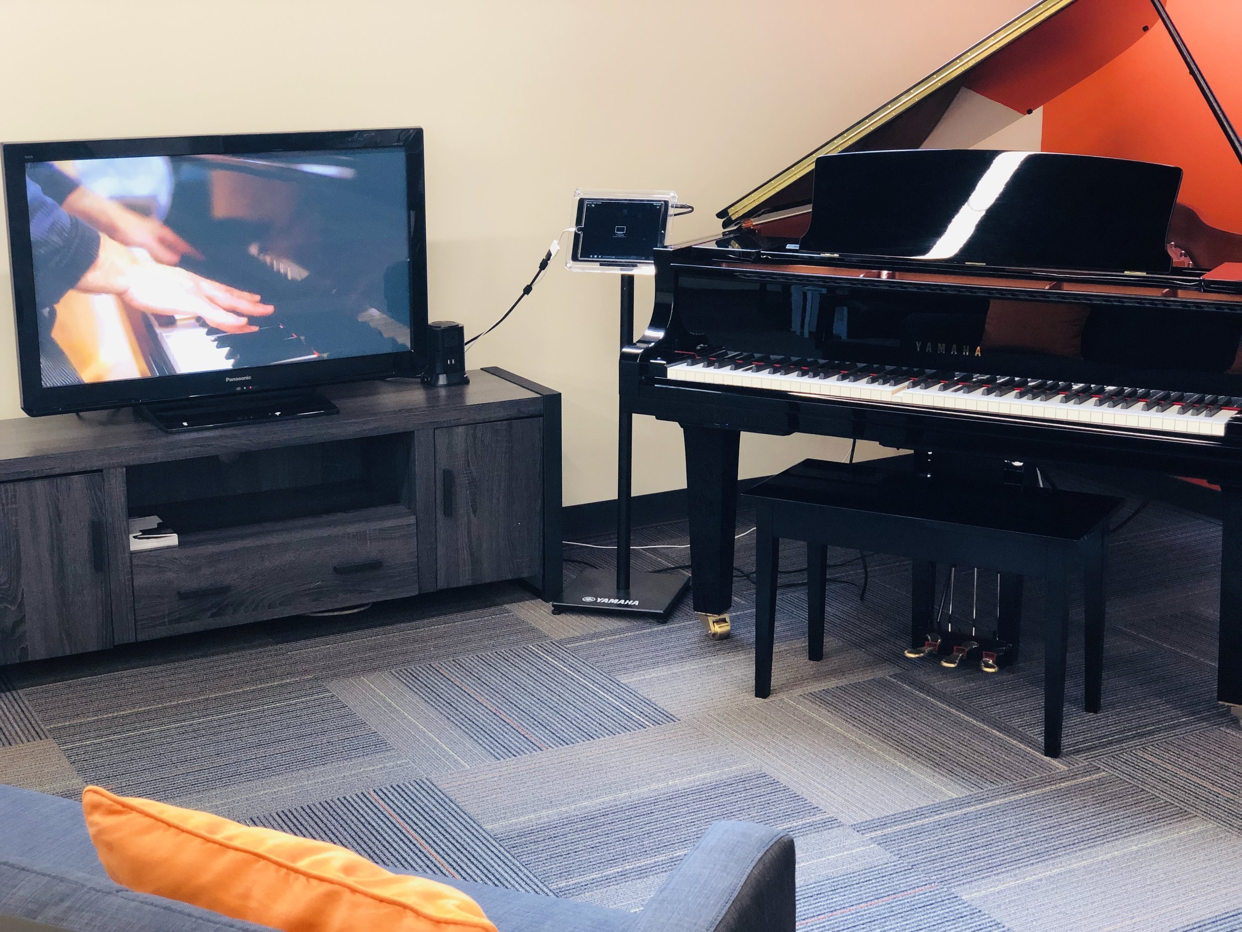 Live Piano Music in your Home!
