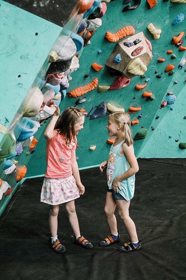 girl-climbers.jpg