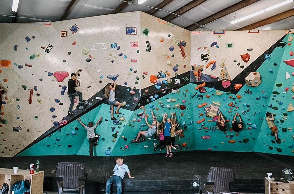 group-youth-climbing.jpg