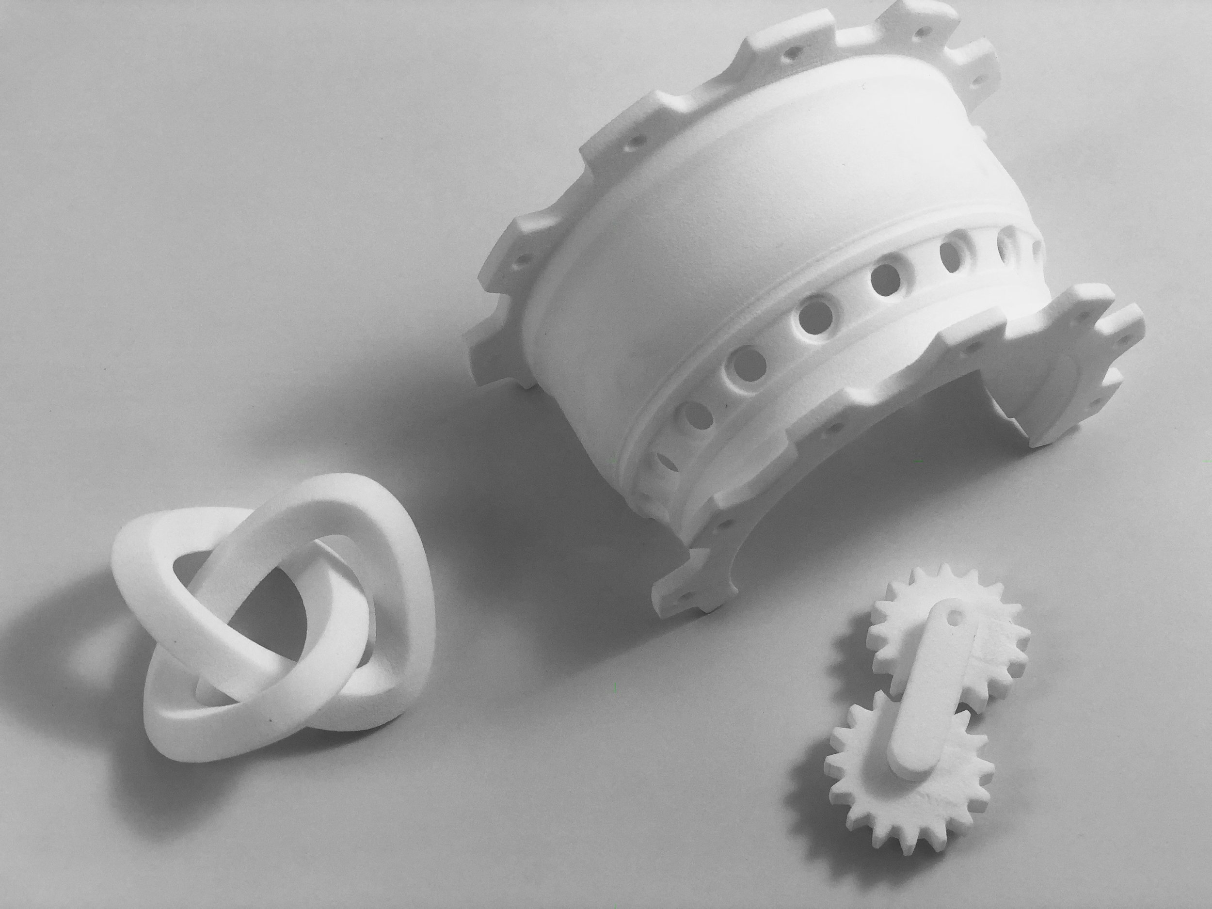 SLS PLASTICS        Prototyping & BEYOND -