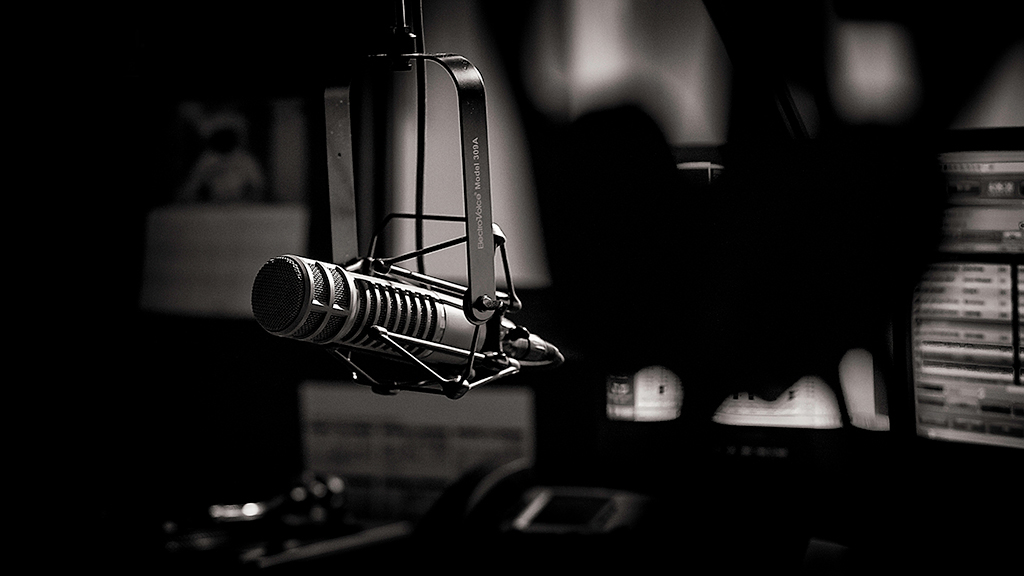 microphone_in_radio_studio_black_and_white.jpg