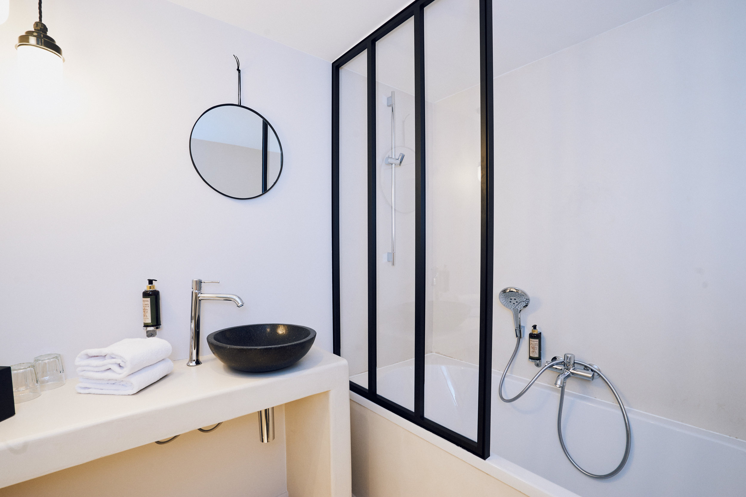 Jardin-Secret-Hotel-JStrutz-room-for-4.jpg