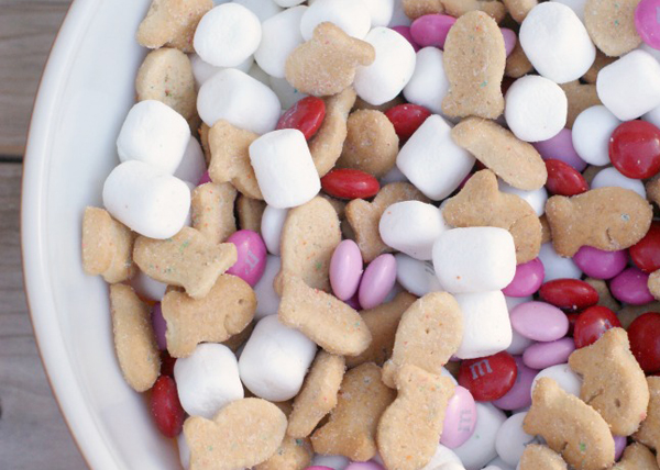 Valentines-Smores-Snack-Mix-3.jpg