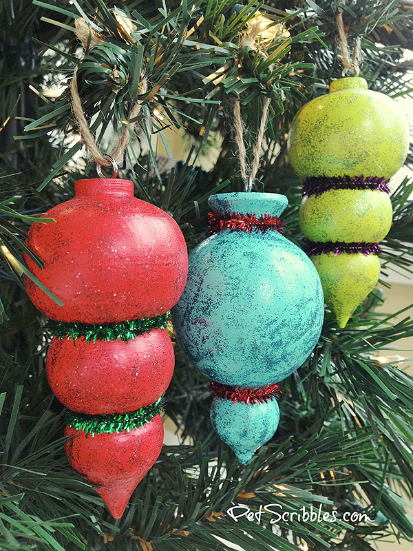 DIY-Sparkling-Painted-Christmas-Tree-Ornaments.png