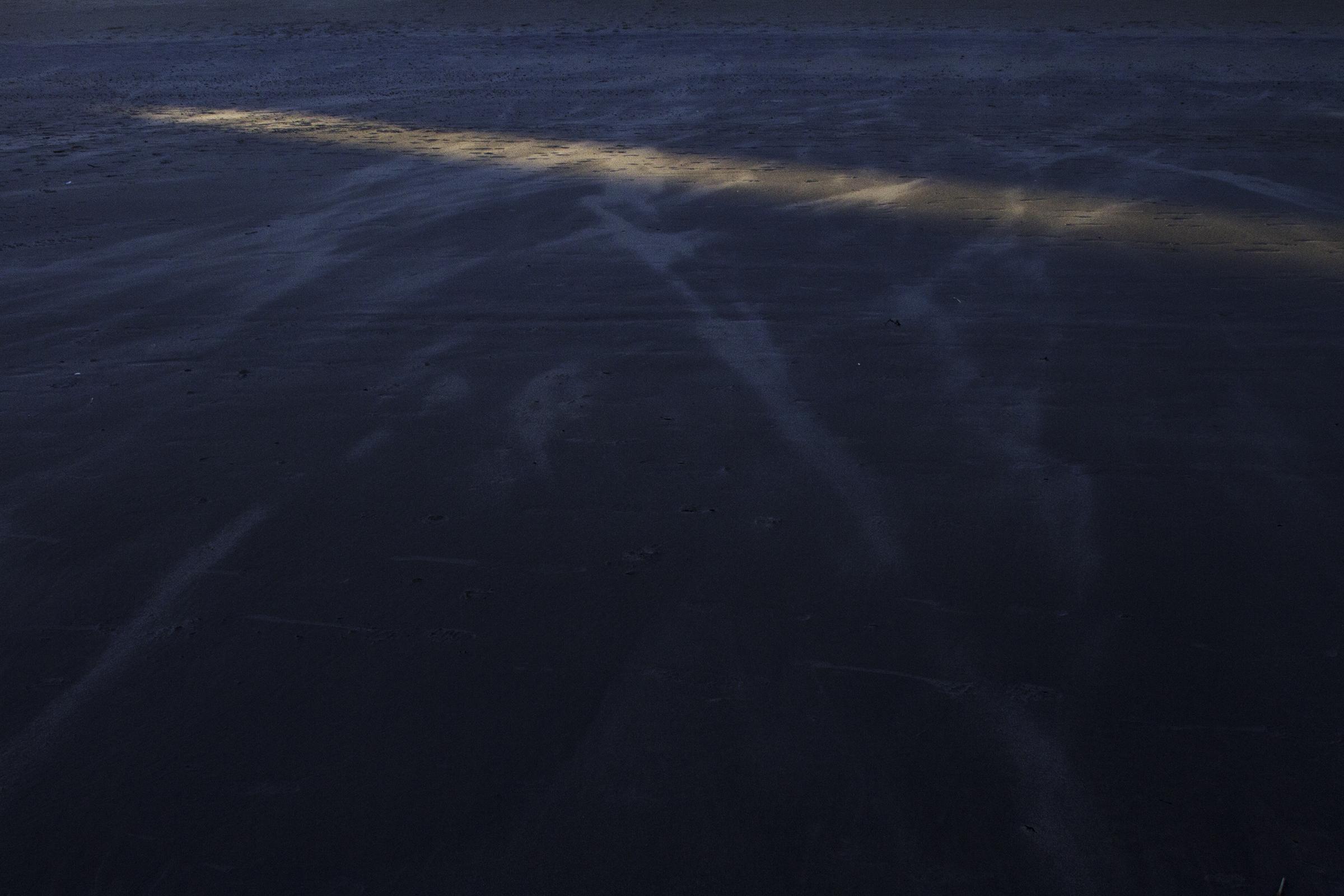 Sand_lightsm.jpg