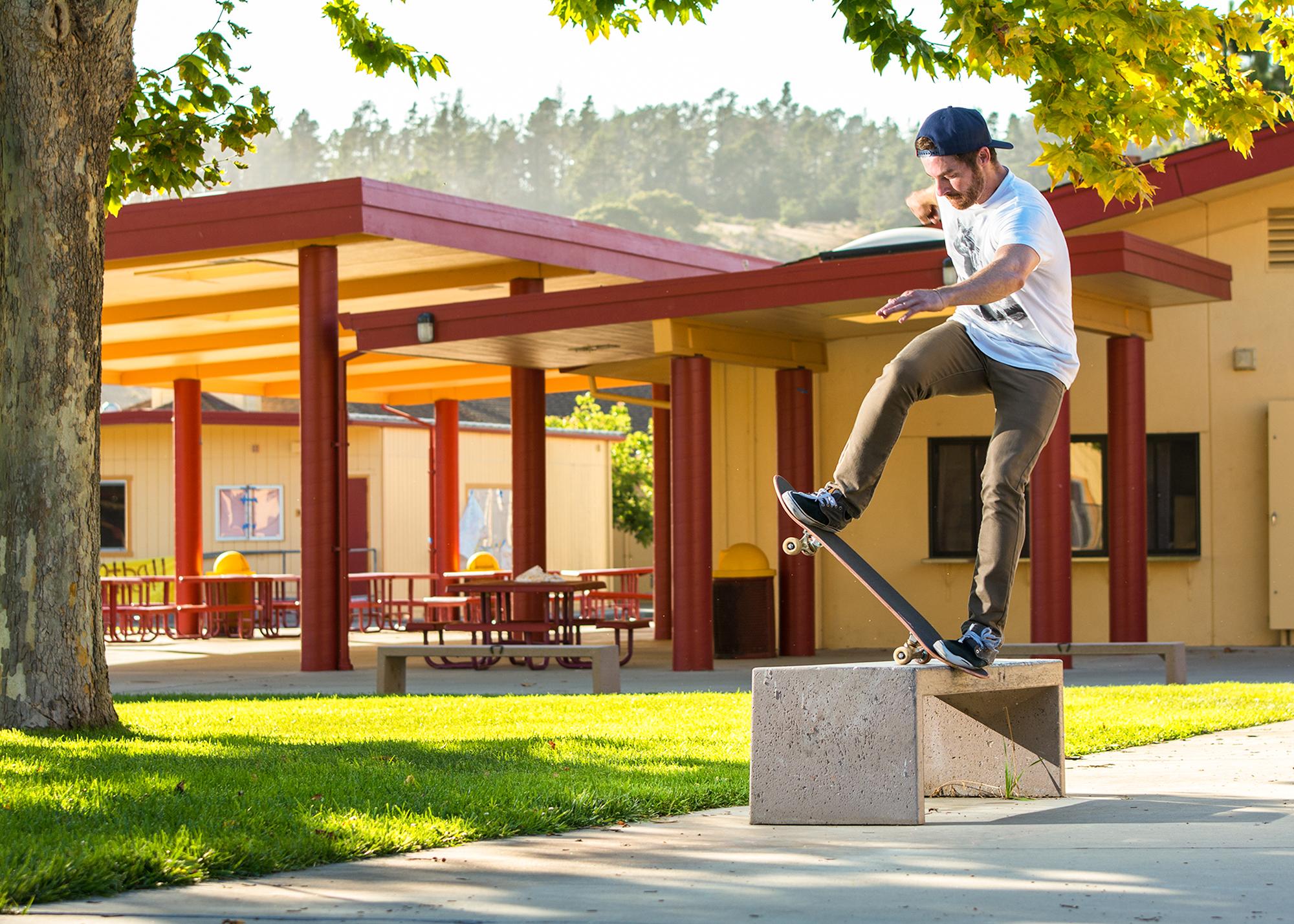 Brooks_D_Skate_08.jpg