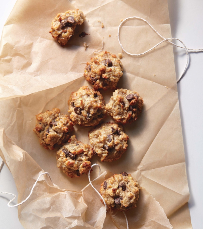 banana-coconut-choco-chip-cookies.jpg