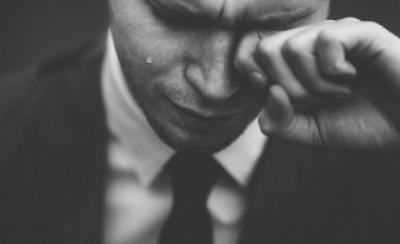 man crying.png
