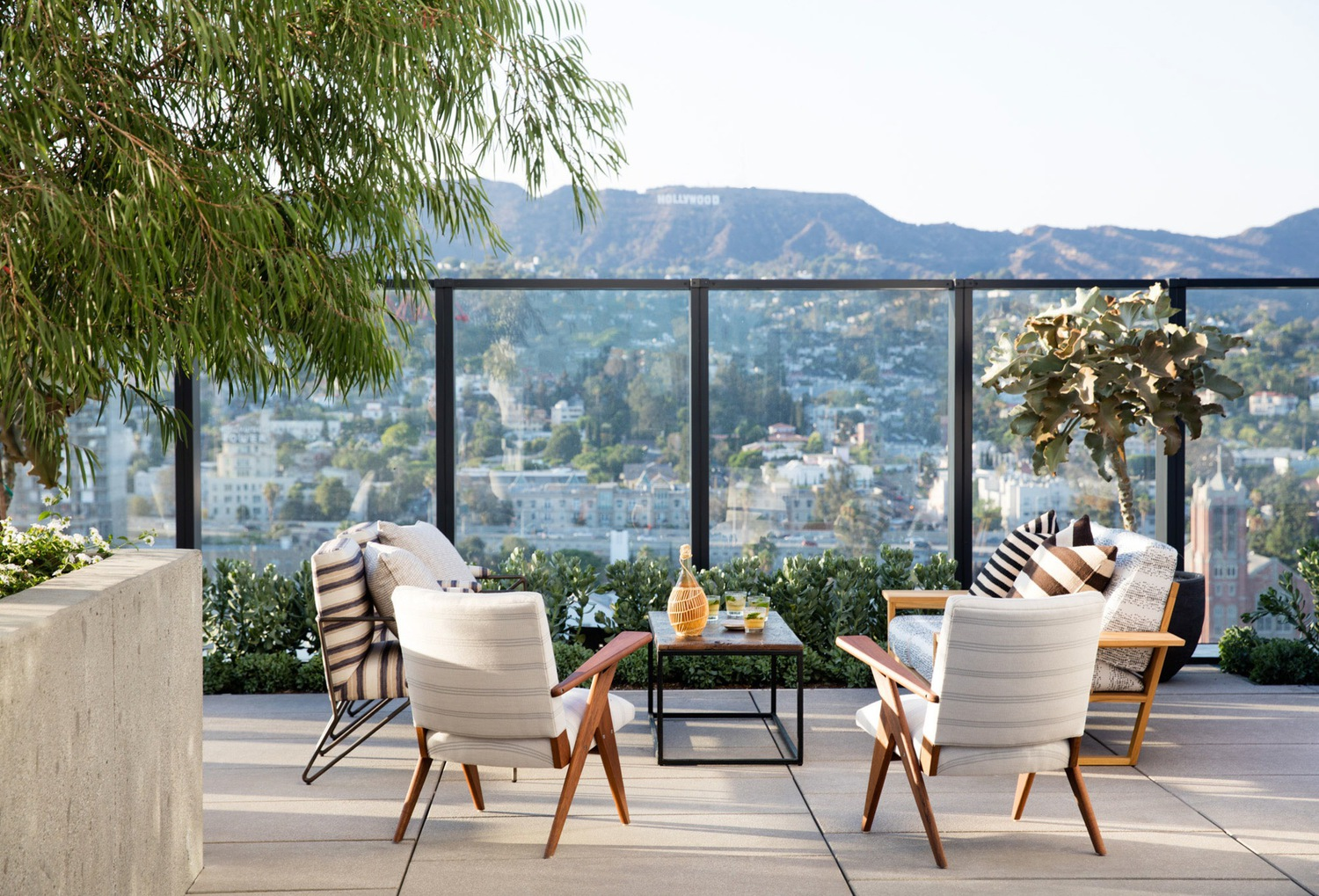Proper Hollywood Community Event - February 28thWe will host a special brand immersion on the rooftop of the Hollywood Proper Residences. The evening will be a unique experience for our Design Hotels™ influencer community accompanied by the vibes of renowned DJ's.