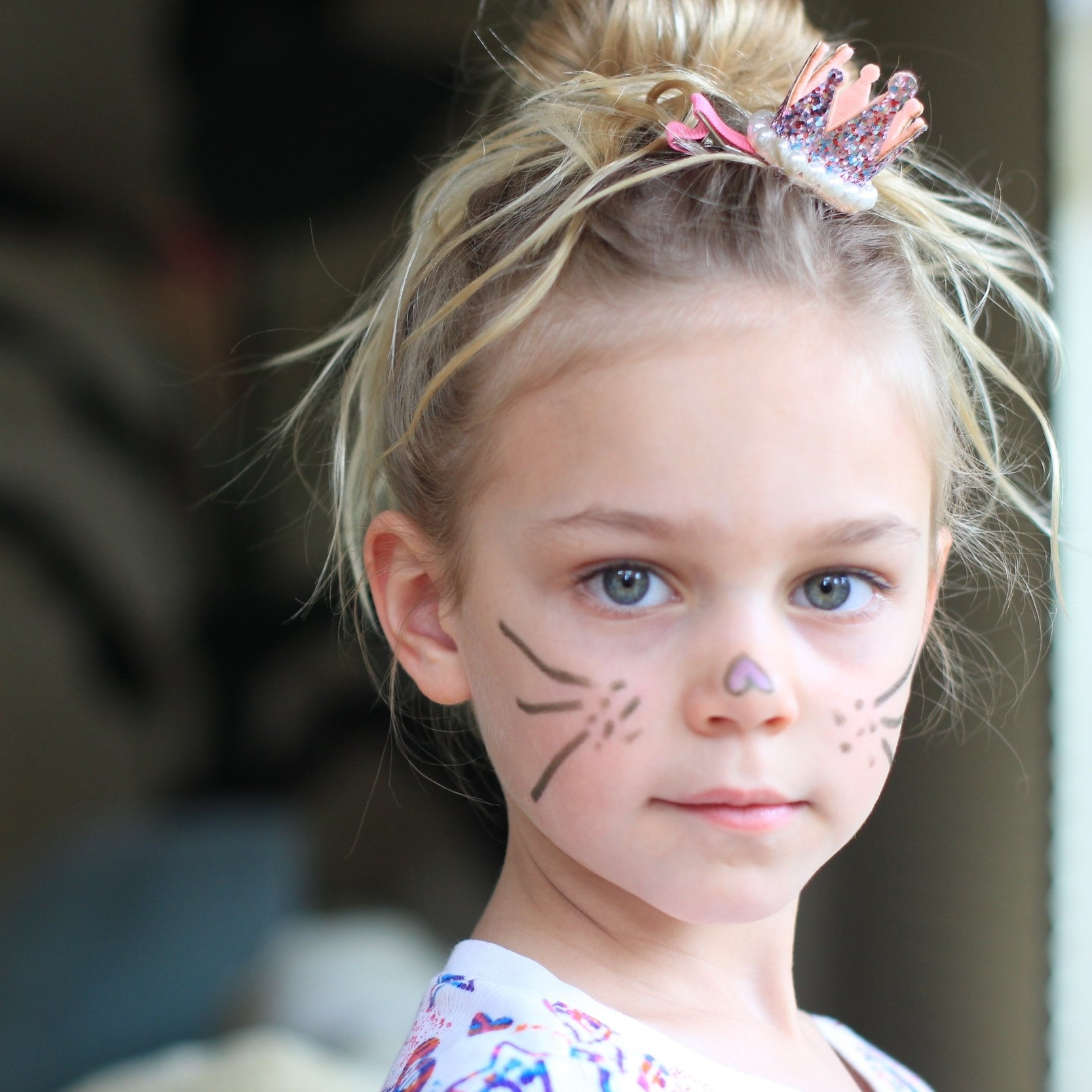 WINNIE (6) - Daughter of Karen. She is angelic and odd. Although she and Jimmy are on opposite ends of the age spectrum, they share a similar appreciation of the world around them.