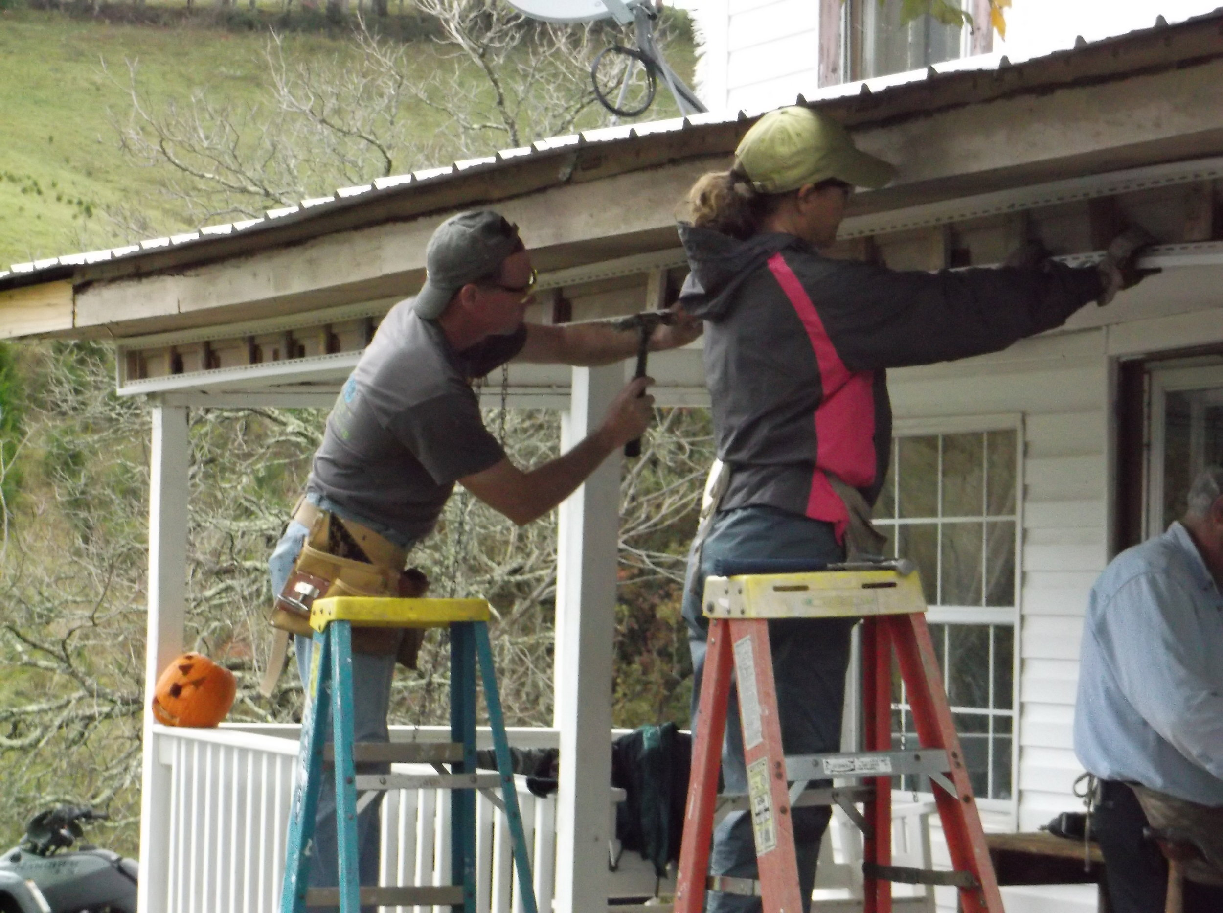 Appalachia Service Project:  Annual Adult Work Tour to help build and repair homes in the Appalachia Mountains. Contact the church office for more information.